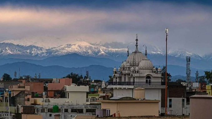 The Himalayas are visible from India for the first time in 30 ...