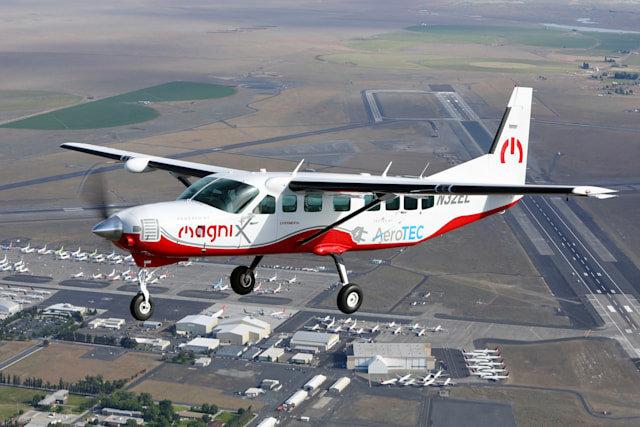 Cessna, Elecric Airplanes, E-plane, Elecric air travel, Dubai to abu dhabi
