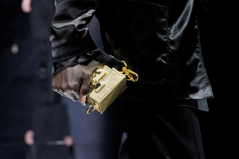 PARIS FRANCE  JANUARY 19 A modelbag detail walks the runway during the Dunhill Menswear FallWinter 20202021 show as part of Paris Fashion Week on January 19 2020 in Paris France Photo by Francois DurandGetty Images