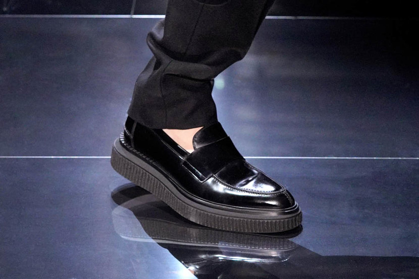 PARIS FRANCE  JANUARY 19 A model shoe detail walks the runway during the Dunhill Menswear FallWinter 20202021 show as part of Paris Fashion Week on January 19 2020 in Paris France Photo by Francois DurandGetty Images