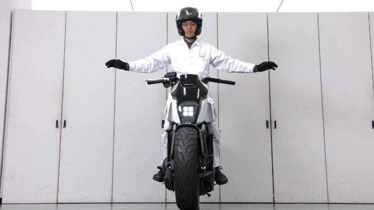 Honda, Motorbike, Self-balancing, Bike, Self balancing motorbike, Concept